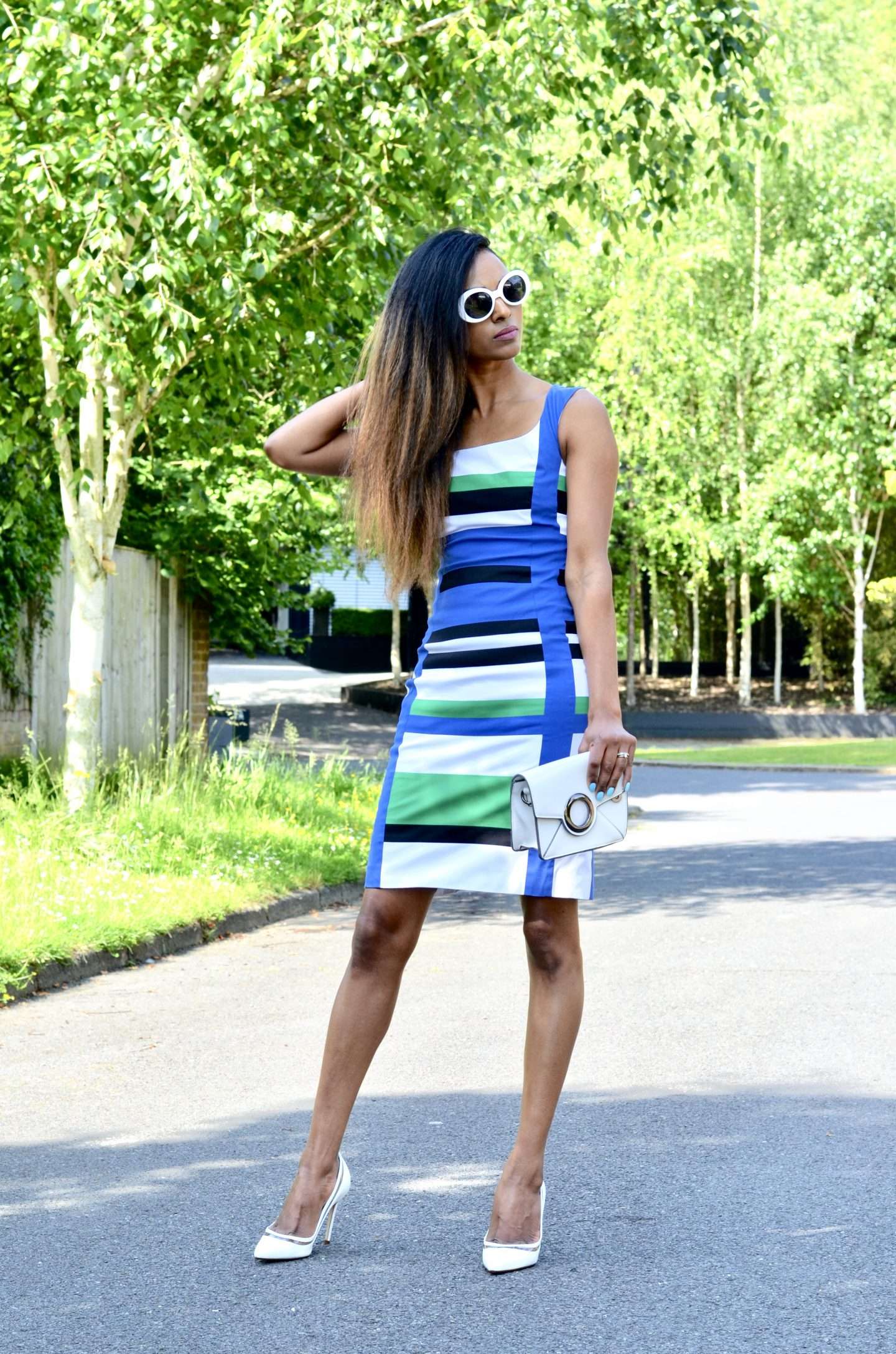 HOW TO WEAR THE BOLD STRIPES TREND