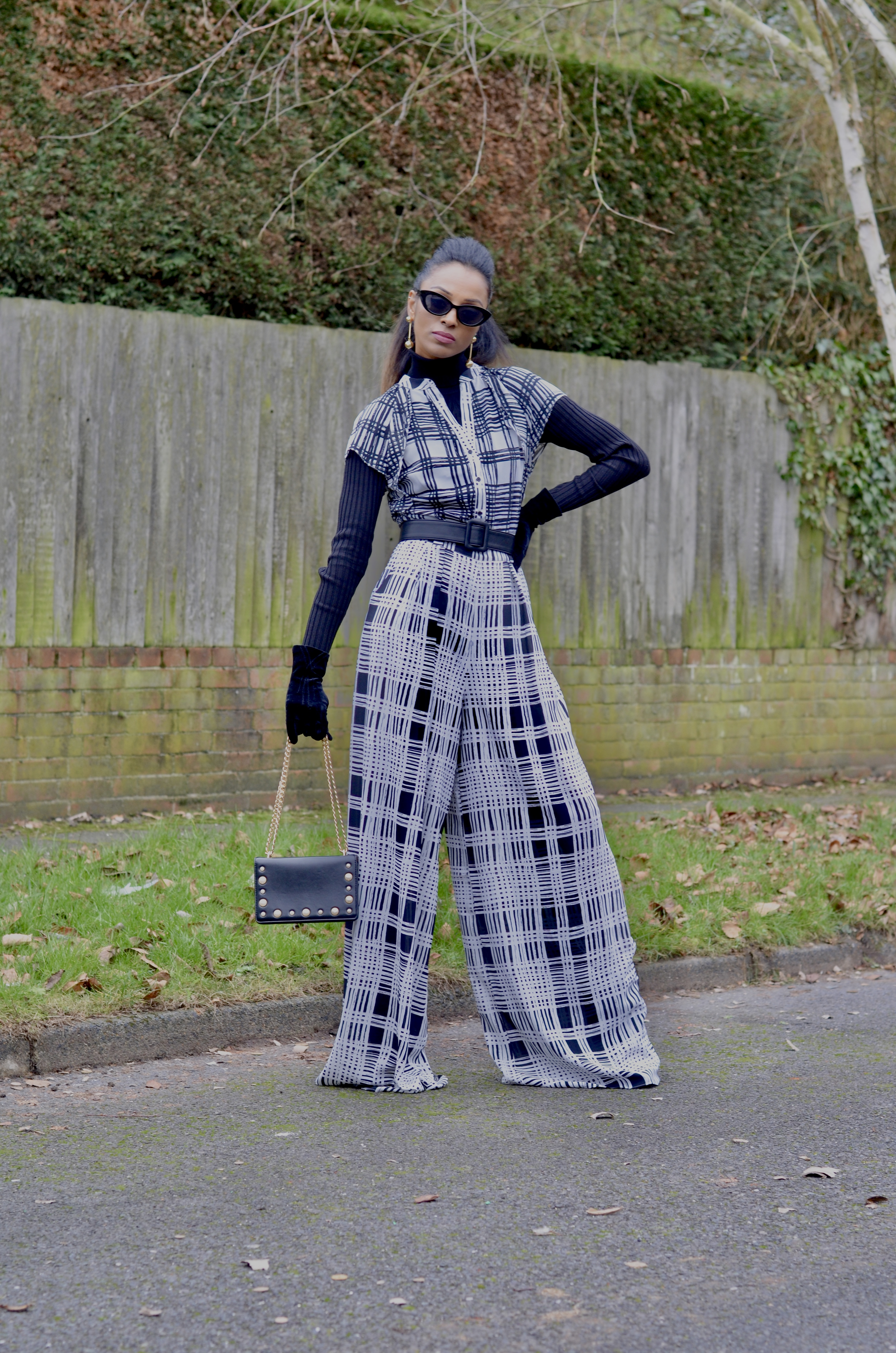HOW TO STYLE A MONOCHROME JUMPSUIT