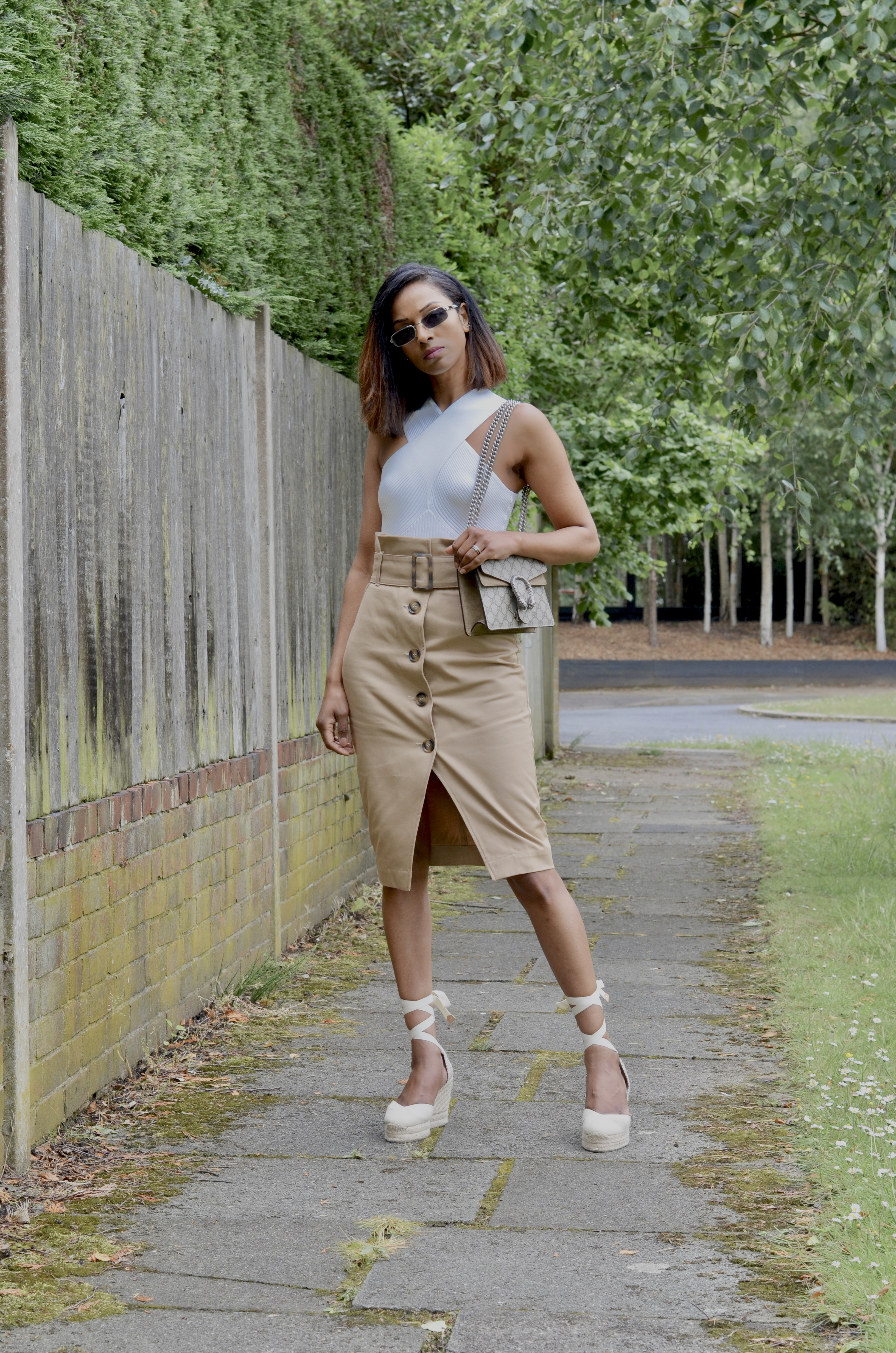 HOW TO STYLE A HALTER NECK TOP